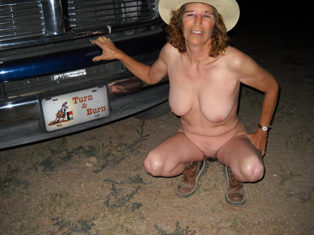 Mature Farm Wives Nude Outdoors