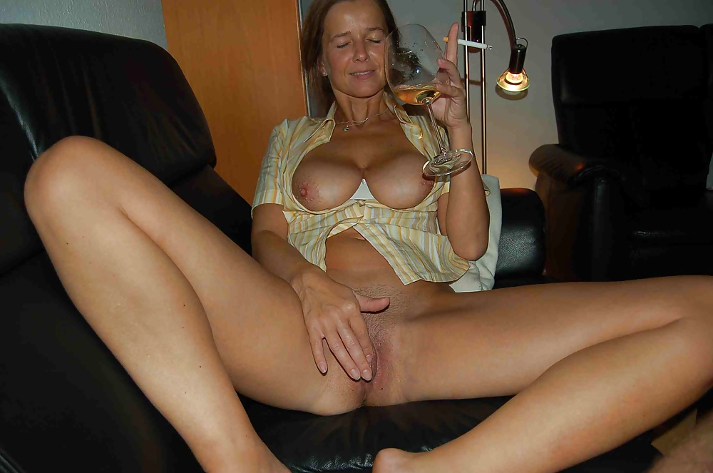 Sexy milf wives