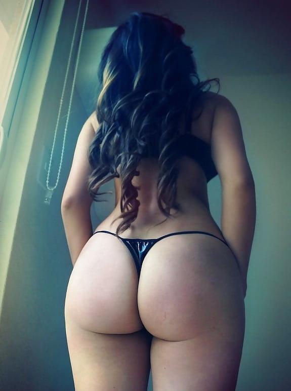 Girls big boobs big ass