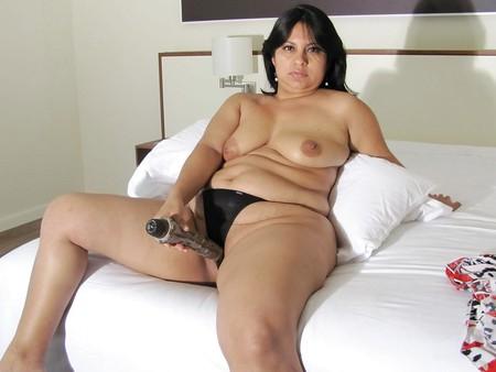 Sexy Mature Amateur 01