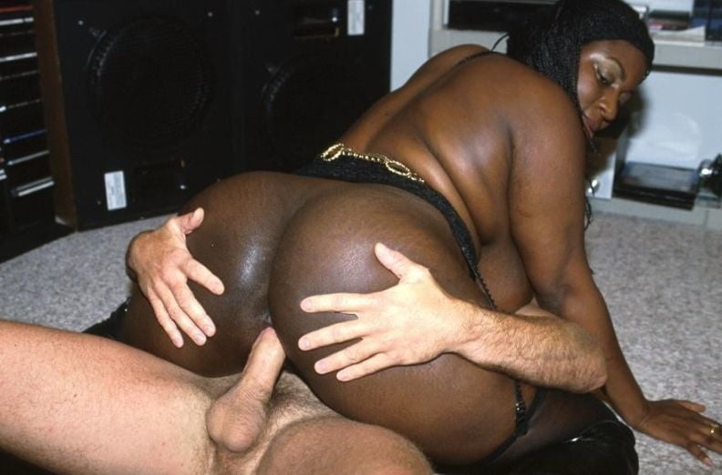 Big Black Dick Makes Black Chick Scream Nunuporn Xxx Porn Pics