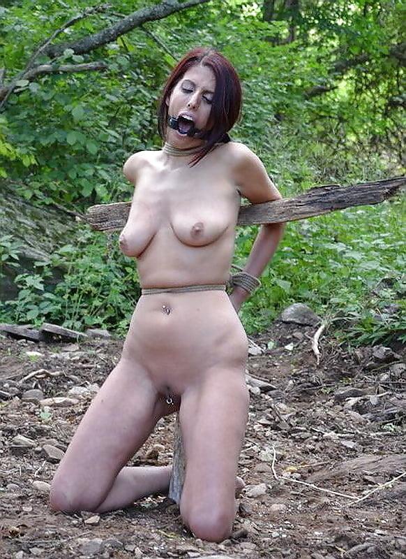 Anal toy naked scared girls alia