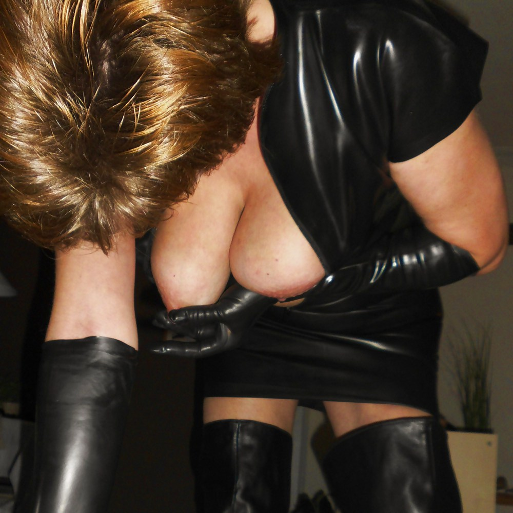 Mature latex xxx