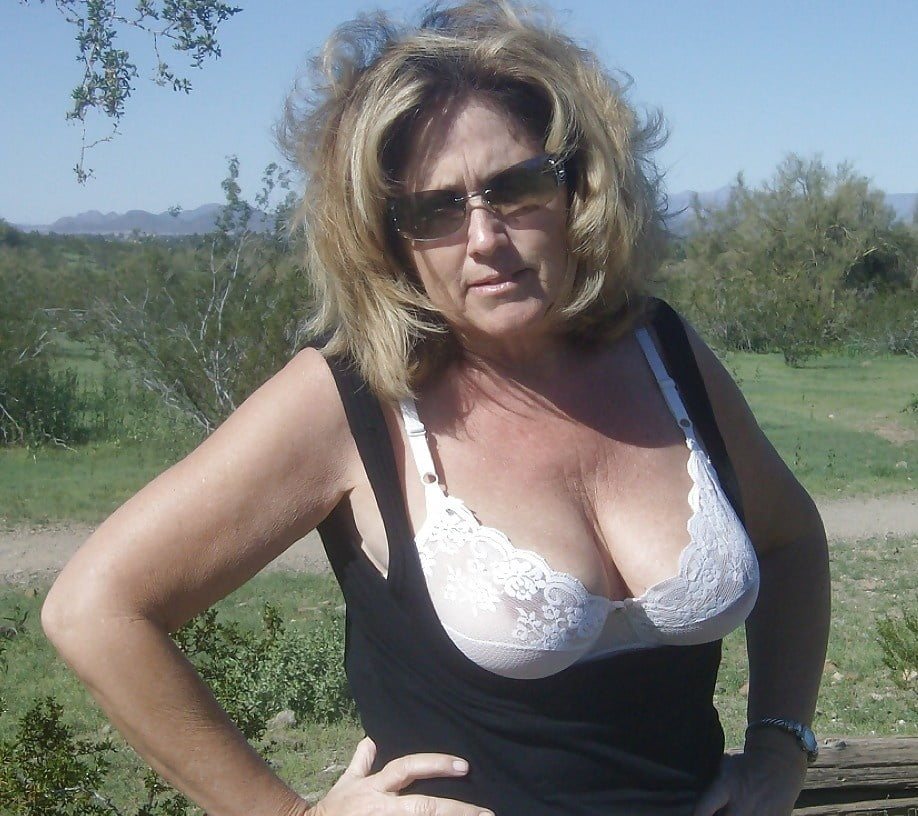Mature Ladies Dressed But Sexy 99 - 50 Pics
