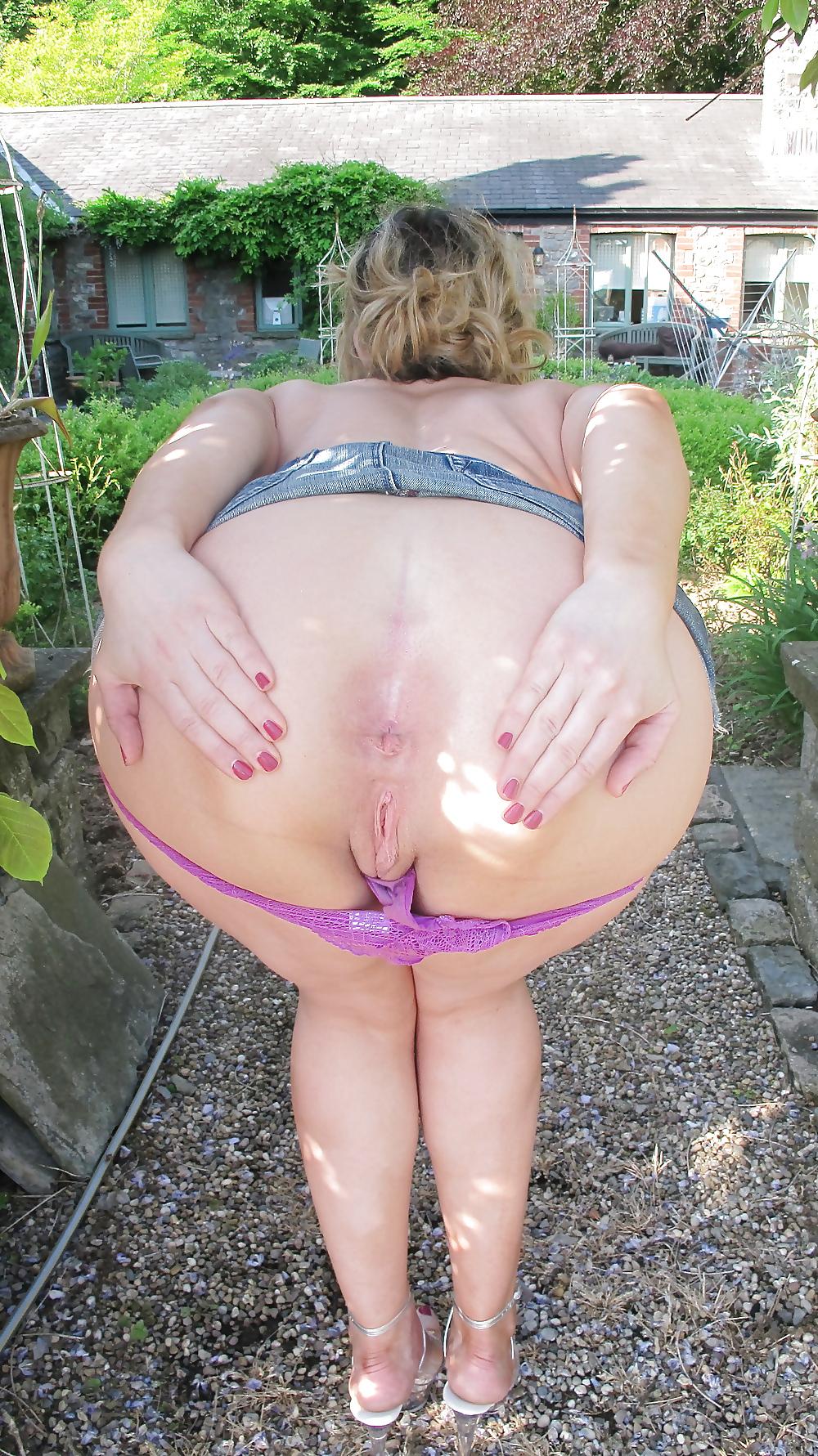 Schoolgirl gym panties trans