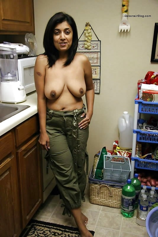 Indian girls sex in kitchen — pic 14