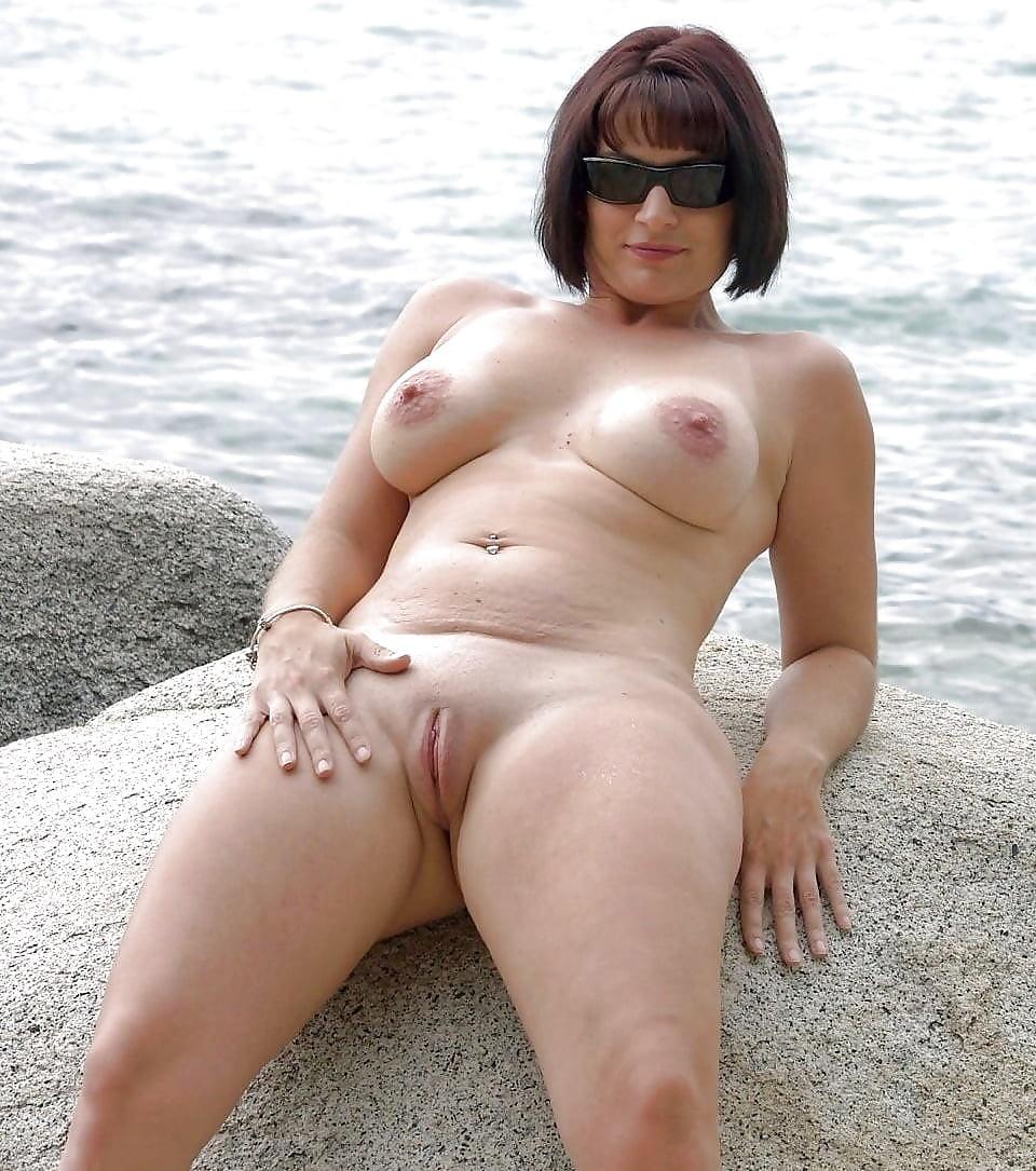 порно мамки на пляже