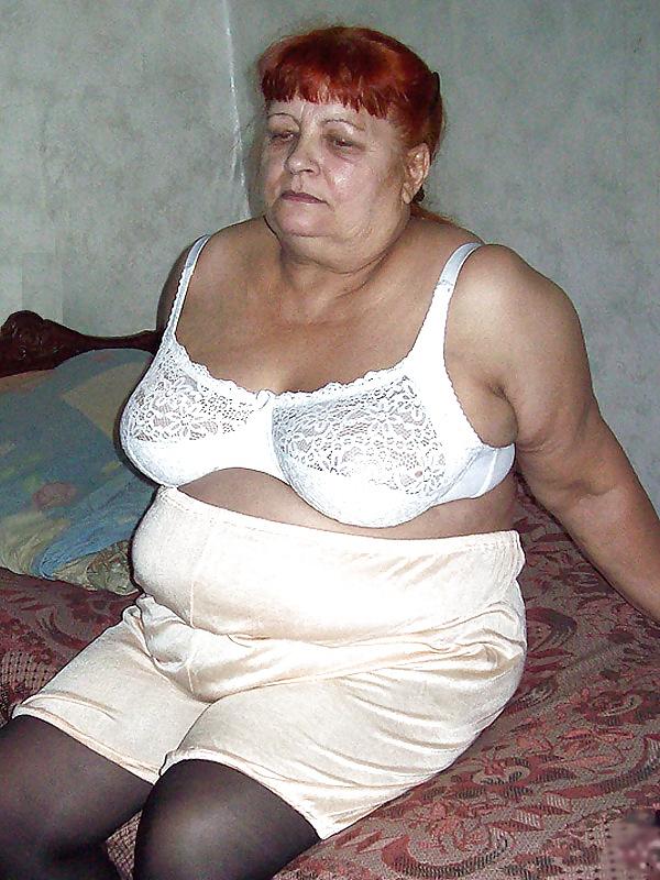 рыжей студентки старые толстые тетки в панталонах фото встречались брака