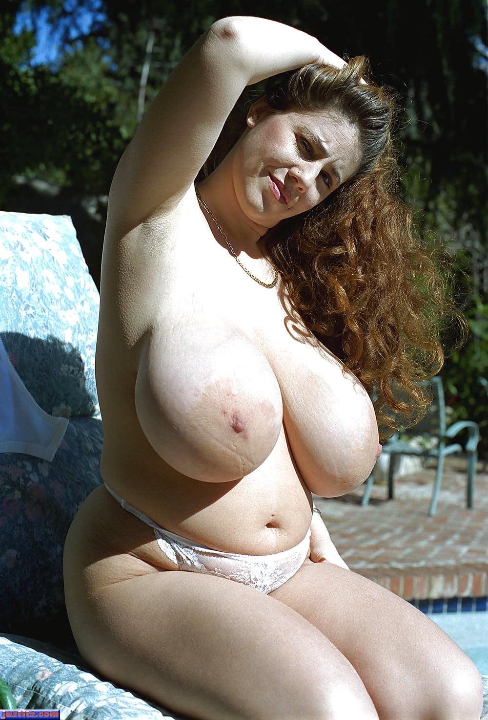 massive-tits-matures