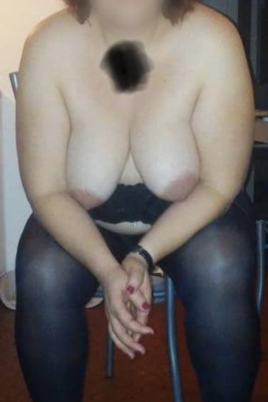 Les beaux seins de ma femme - 6 Pics