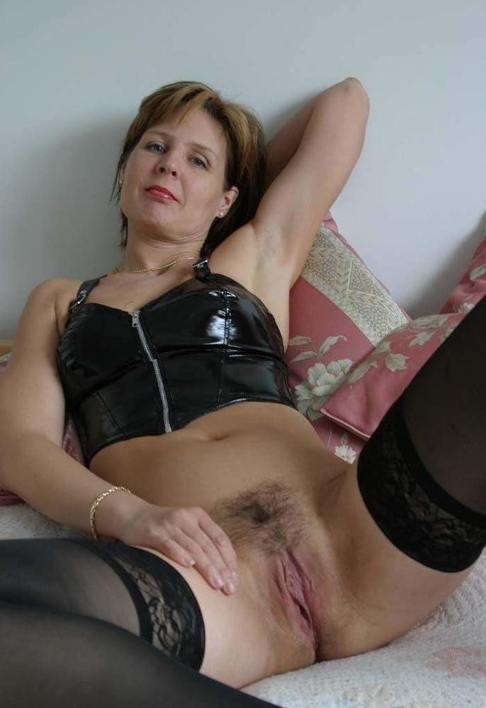 zhenshini-balzakovskogo-vozrasta-foto-porno-russkiy-seks