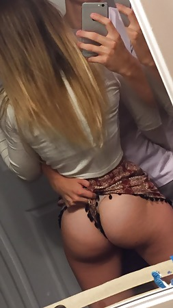 naked blonde women masturbating
