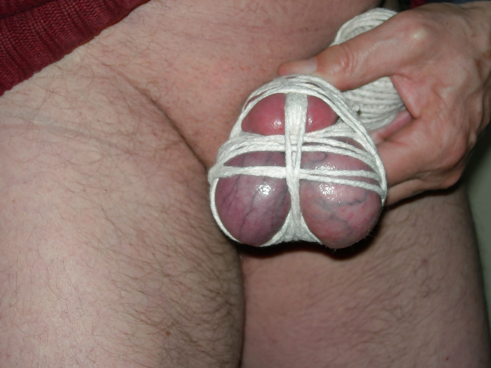 Beginner cock and ball tie