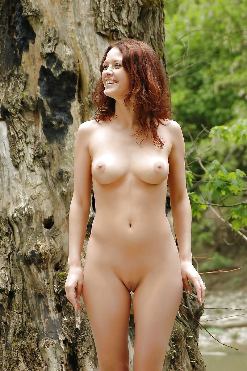 Natural Hairy Nude Girl