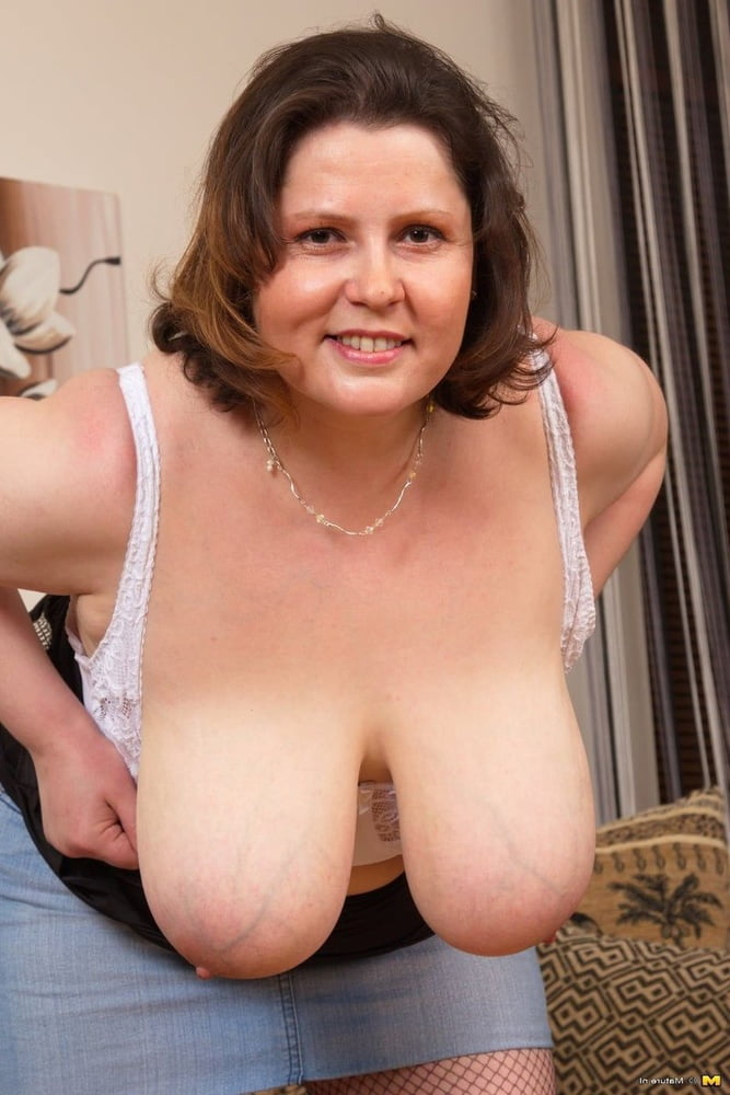 Amateur milf stripping outdoors