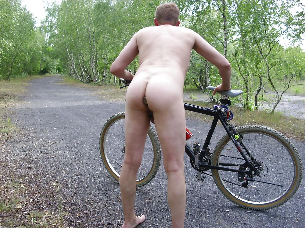 nackt fahrrad fahren porn
