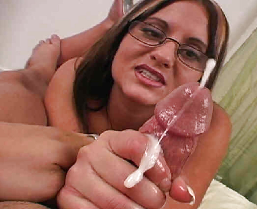 pussy-handjob-cum-shots-naked-sister-and-friends