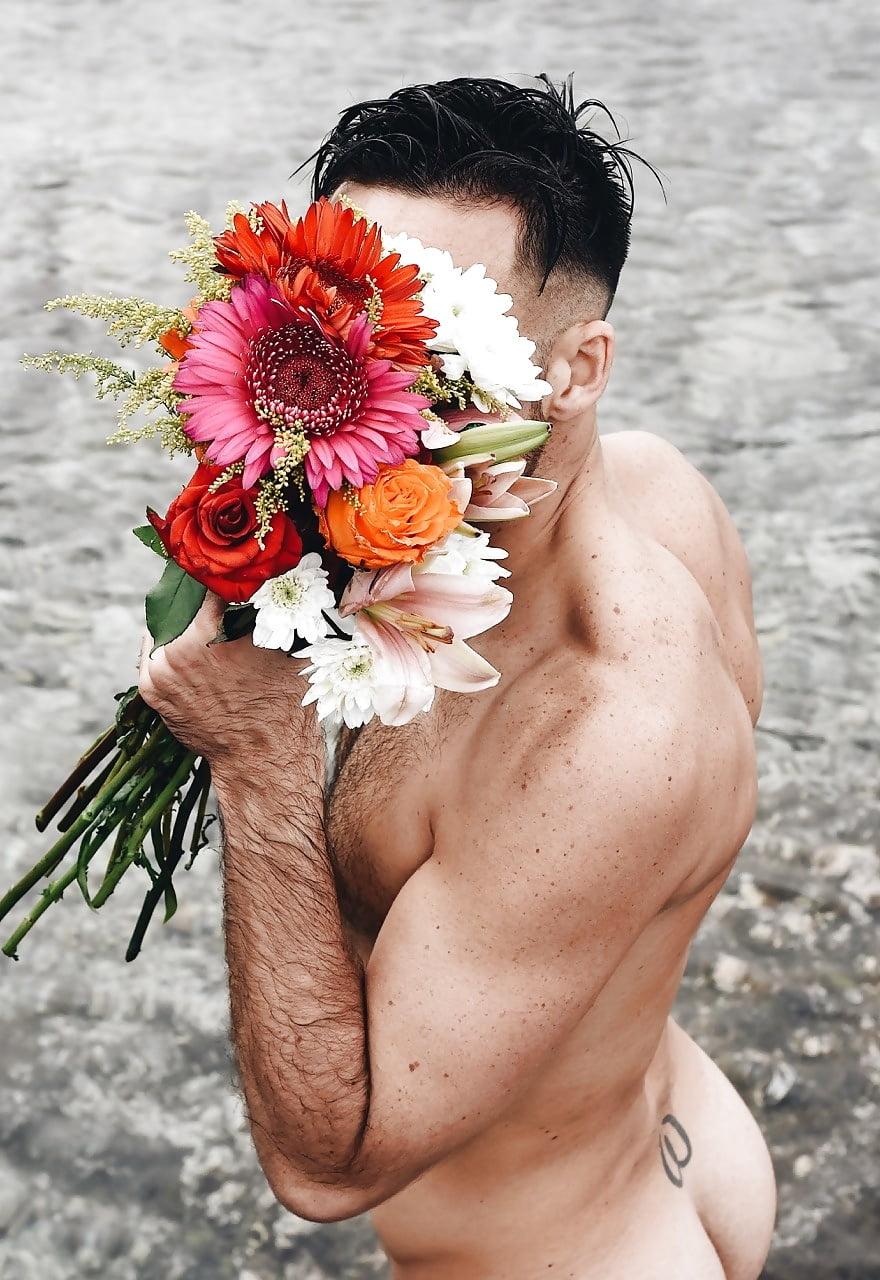 women-naked-man-flowers-brown