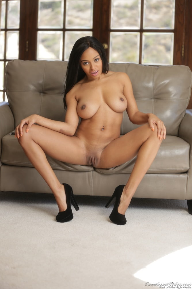 Anya Ivy 3