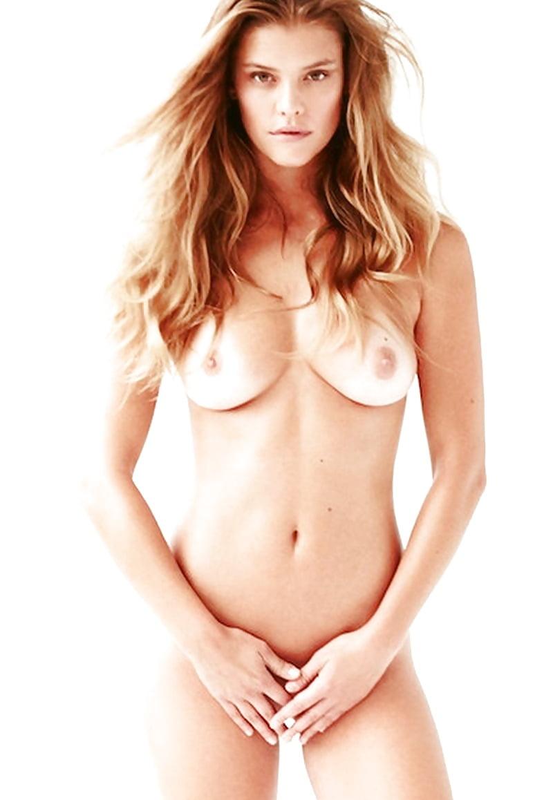 Nina Agdal  nackt