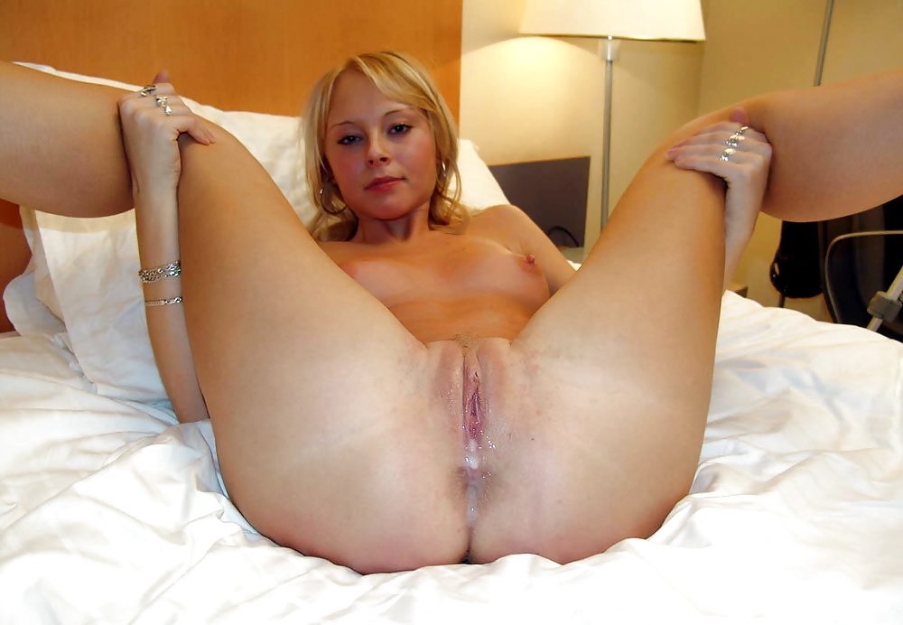 naked-creampie-mom