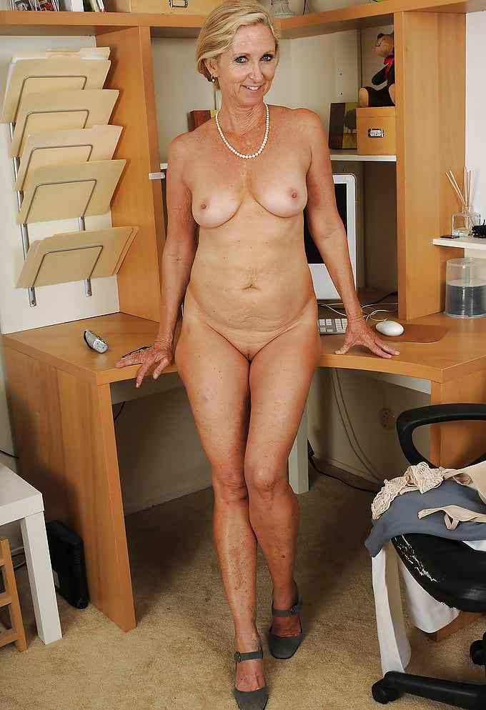 mature-office-pictures