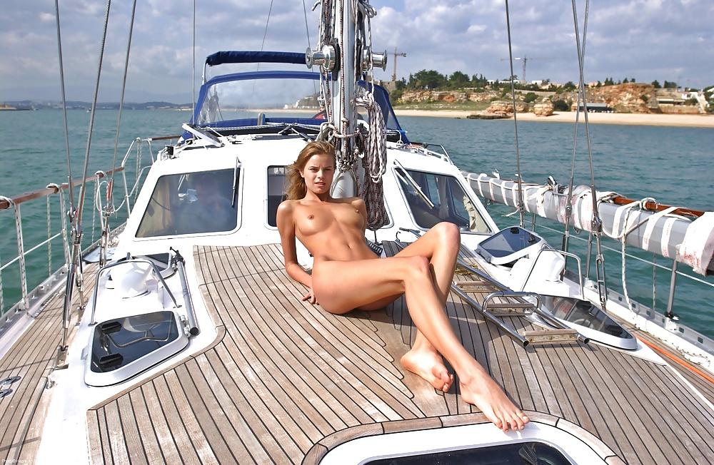 Ariel Winter Nude Boat By Afkrony On Deviantart