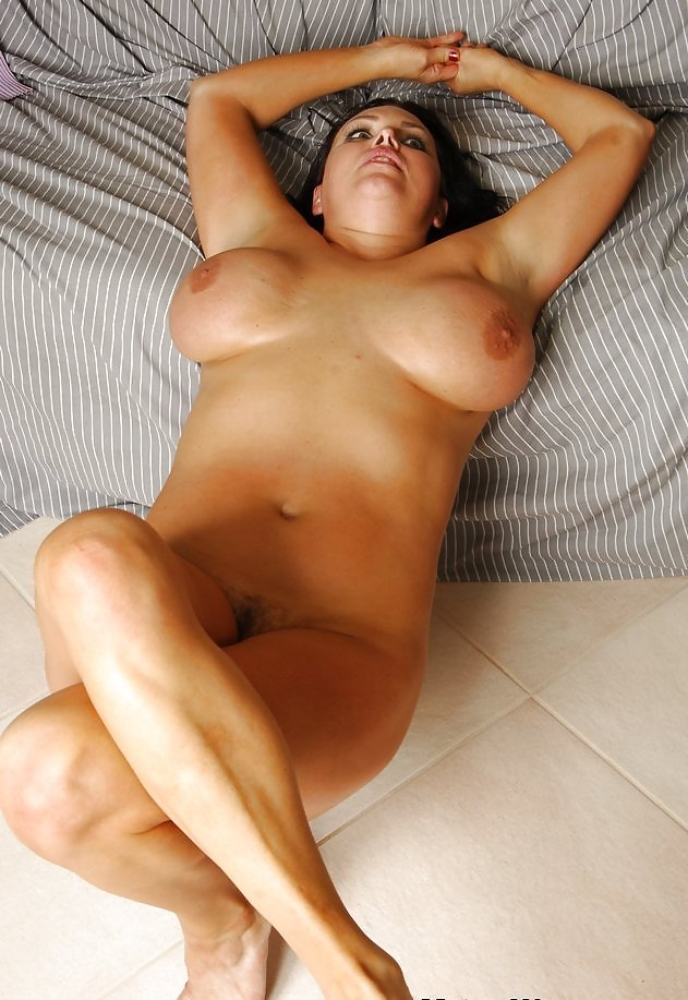 Angellica Bell Nice Big Ass Big Tits Celeb Milf