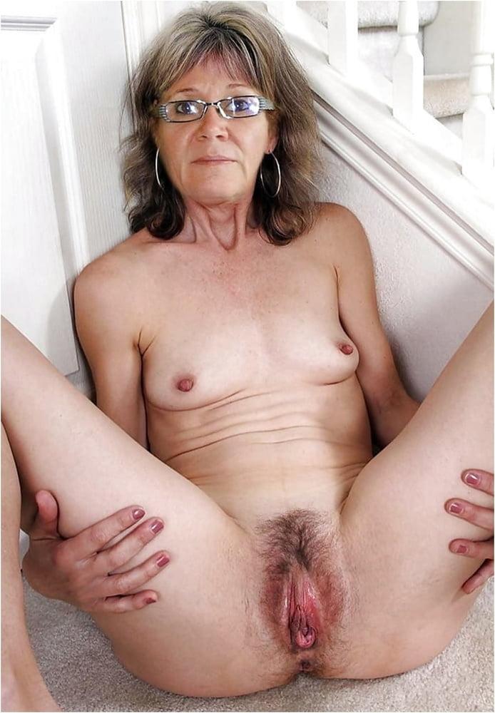 next pussy Girl door hairy