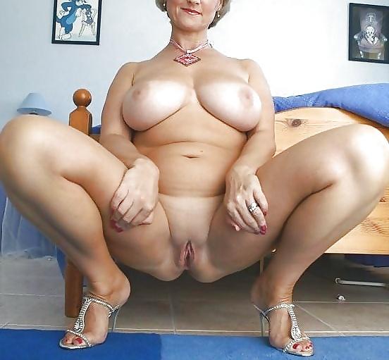 Порно зрелые крупные в соку бабы, порно плотной мамки