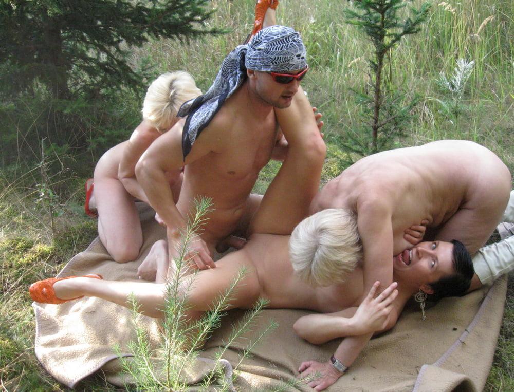 русские оргии пожилых свингеров на природе