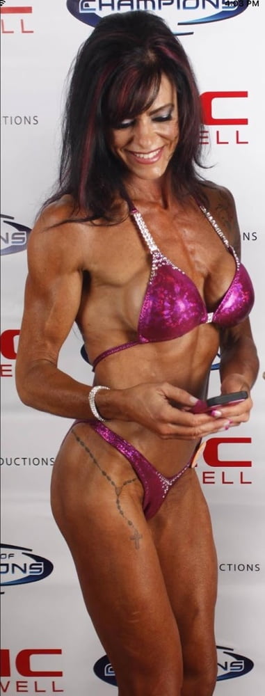Deanne Is a Fitness Competitor Slut