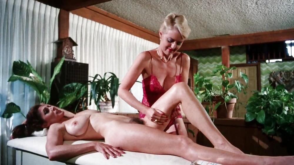 Erotic couples massage video