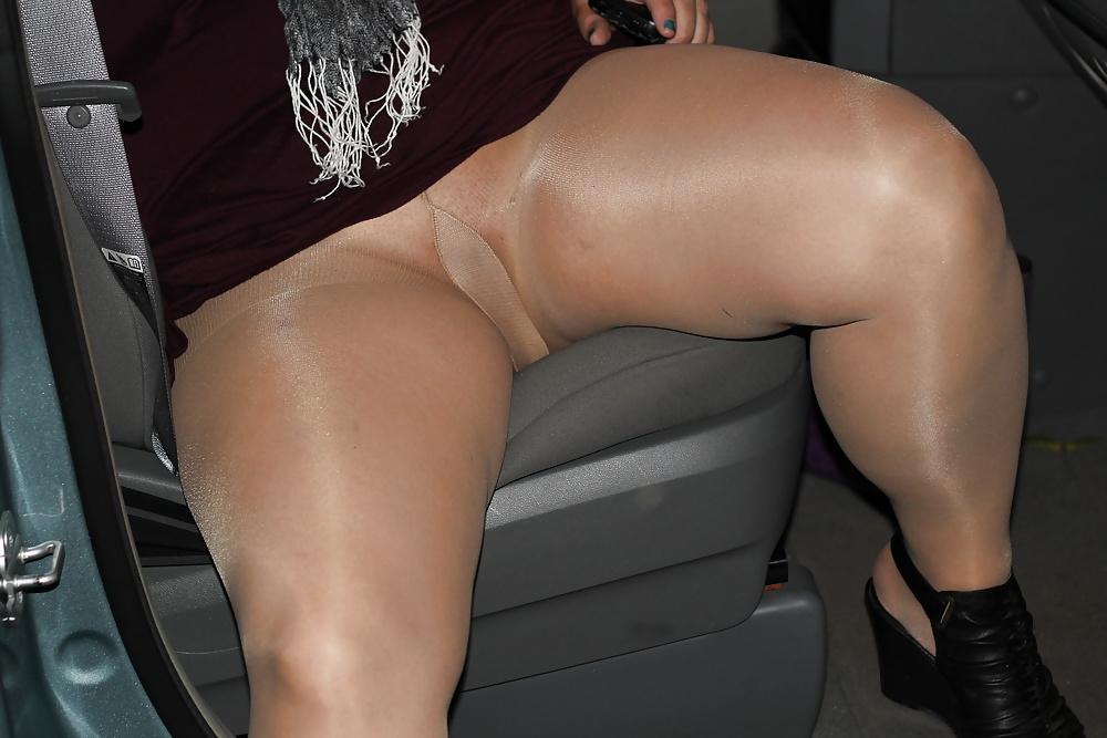Pussy Pantyhose Public