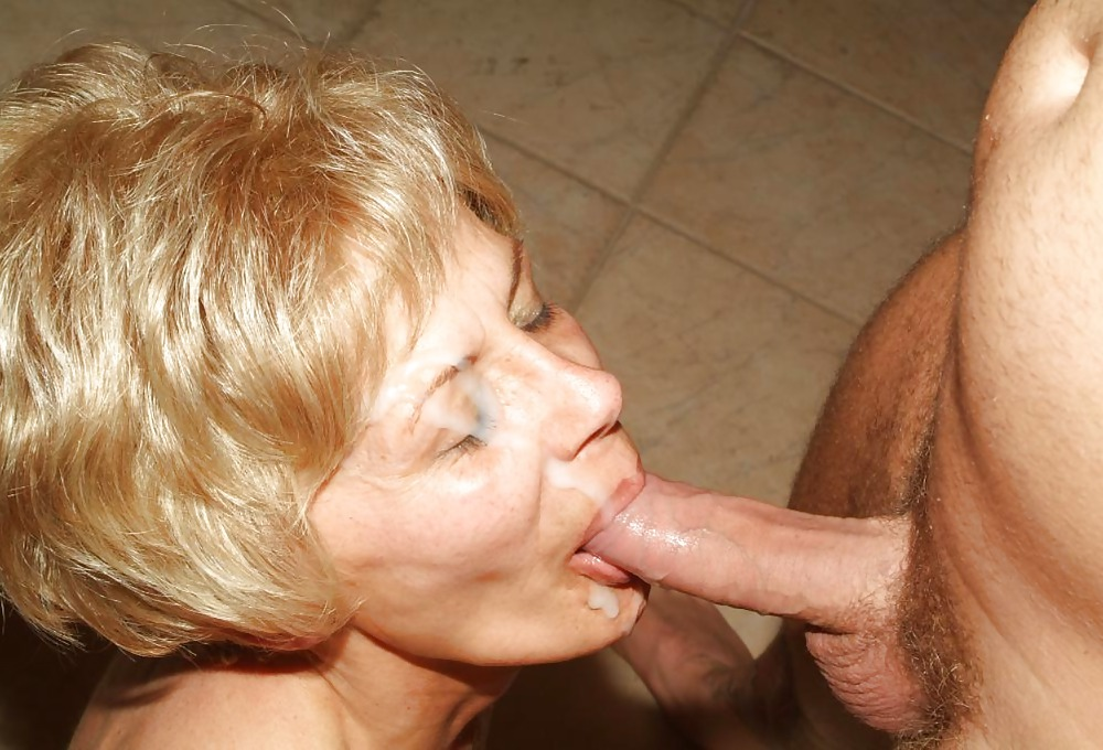 mature-with-pimmel-in-mouth