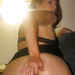 Hot MILF Charlotte