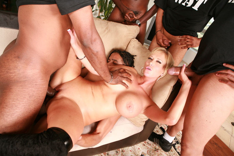 Busty babe gang bang — photo 5