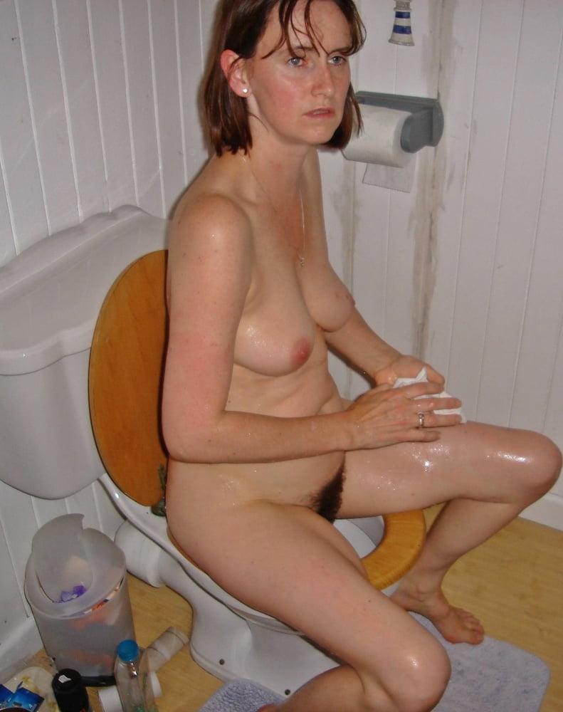 Erotic girls nude pics