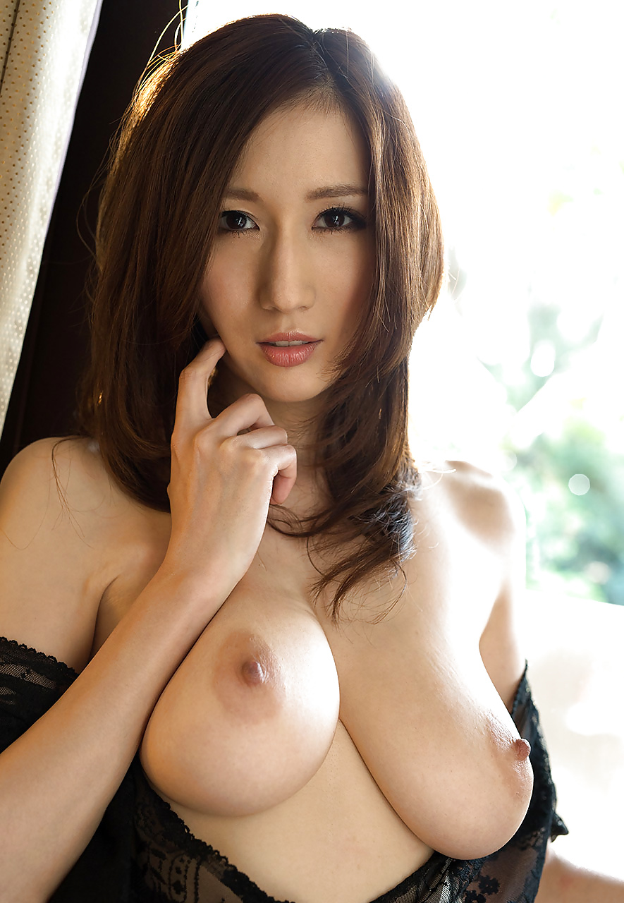 Japanaese sexy milf
