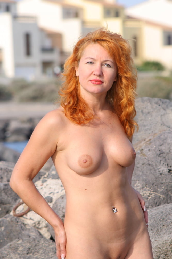 beautiful-naked-redhead-wives-brianna-vietnam-nude