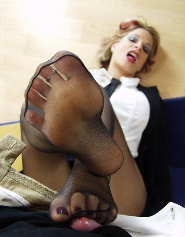 Nylon pantyhose feet fetish — photo 8