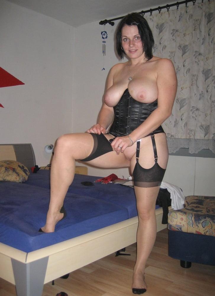 Latina has a great body Webcam dildo