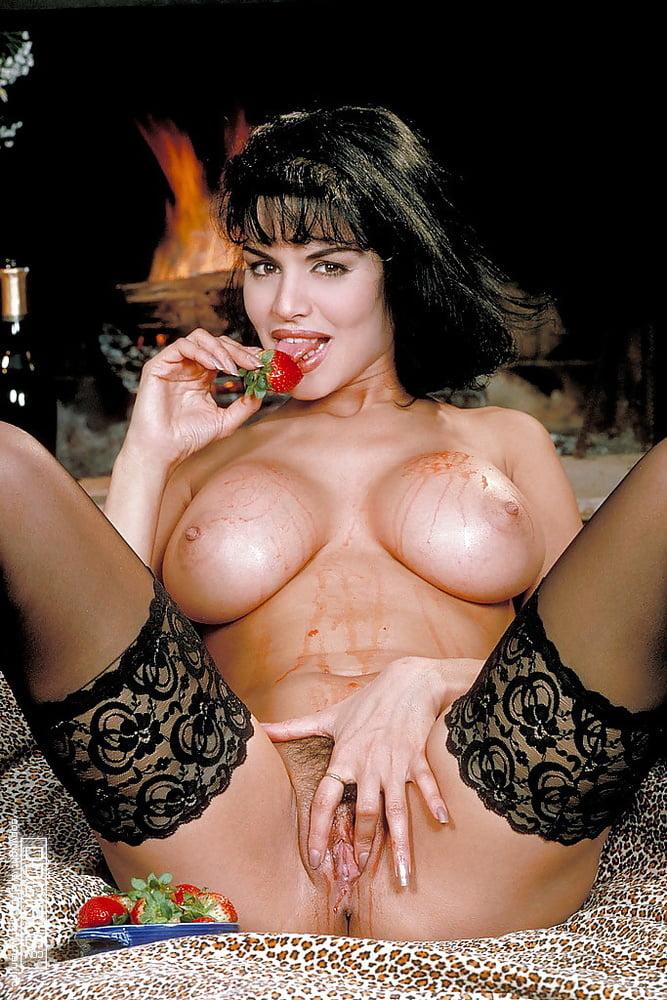 порно актриса минелли - 2