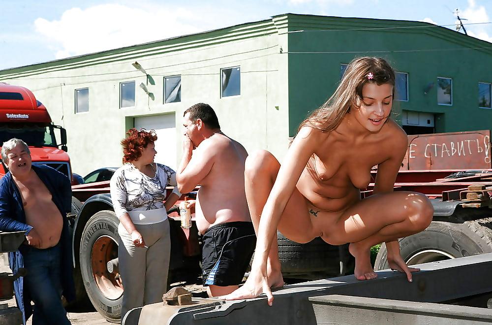 Hot Nude Country Girls Trucks