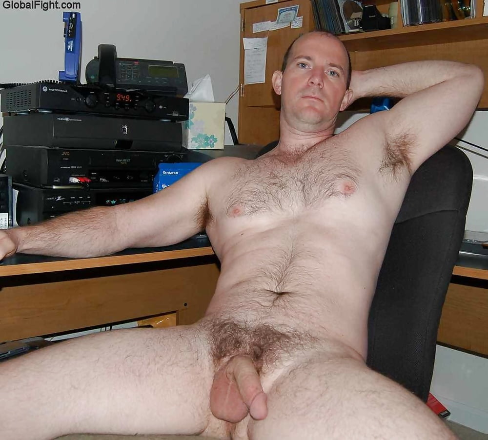 Awesome Nude Men Pics