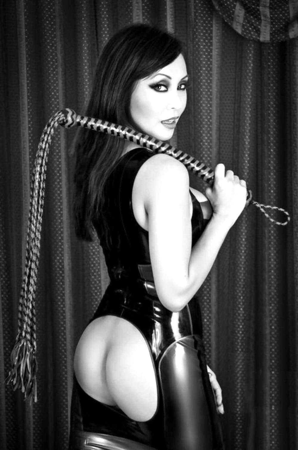 Стройные госпожа эротика фото фейки нины
