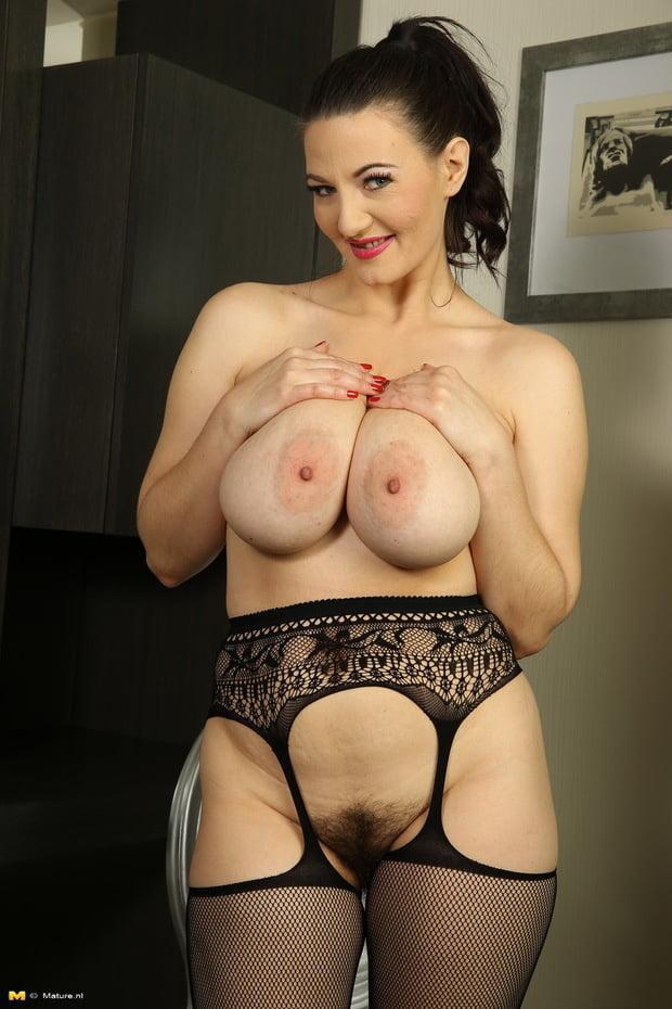 stockings-big-tits-mature-brook-shield-nude
