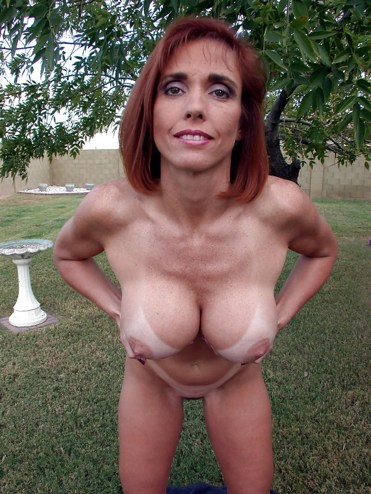 Nude mature mom has tan lines