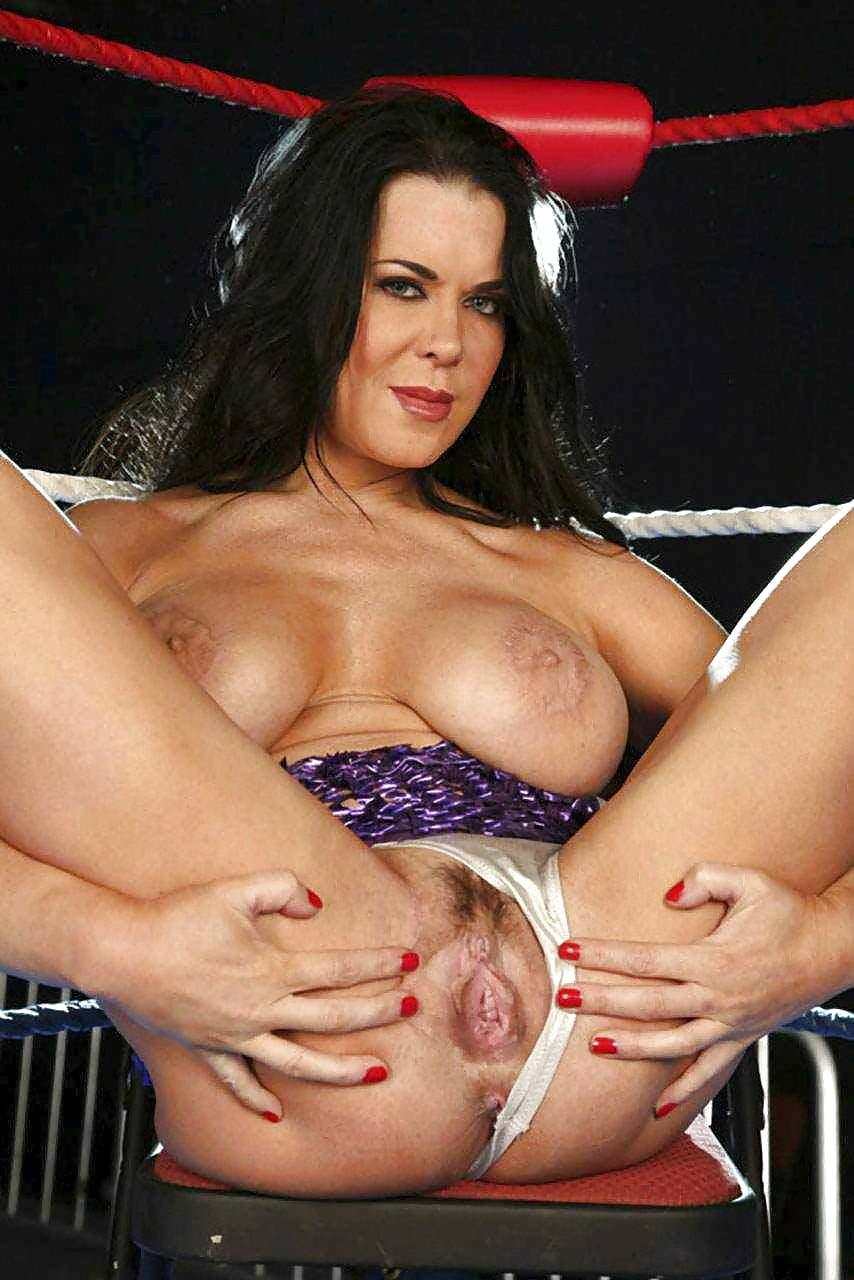 Chyna hot bra pic 5