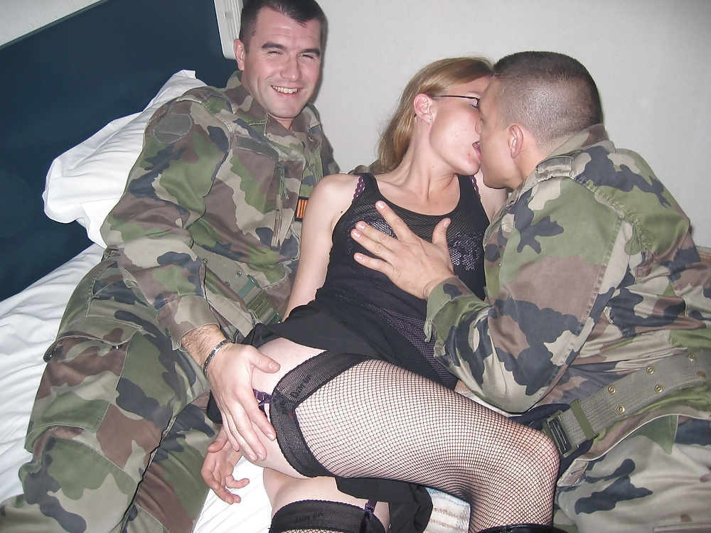 Wife fucks military man porn, black dicks latin chicks